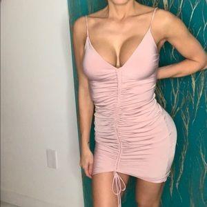 Dresses & Skirts - Mauve colored date night dress